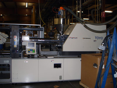 2000 Toyo Si-300 Used Injection Molding Machine
